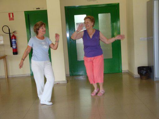 bailando en centro de mayores Castilla